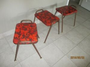For sale 4 stools in very good condition. all 4 for $ 35for sa