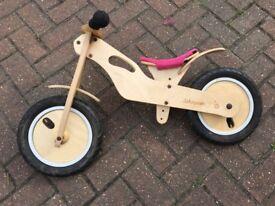 Jakayaan Wooden balance bike