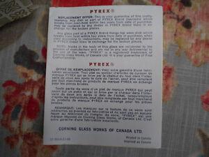 VINTAGE AVOCADO GREEN PYREX CARAFE, CUPS IN BOX London Ontario image 3