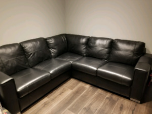 Leather sectional 2-piece