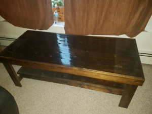 Table/coffee table/entertainment stand
