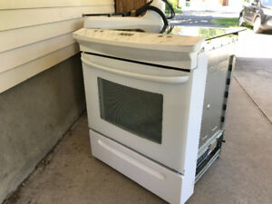Kennmore no back glass top stove 30'