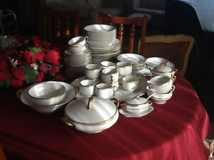China Set, Limoges, France (Elite Works). 69 pieces