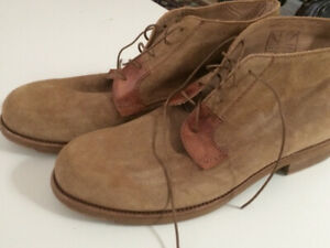 NEW - Italian LEATHER  / SUEDE DESERT BOOTS / shoes - size 10