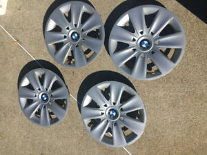 BMW HUBCAPS 16 in
