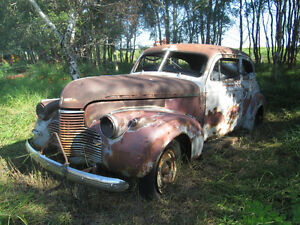 WANTED: 1940 Chev car rear side glass