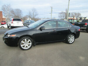 2005 ACURA TSX  6 SPEED NEVER WINTER DRIVEN TRADE WELCOME