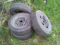 4 only 195/70R14  Tires on Rims