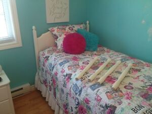 Twin bed, box spring and mattress