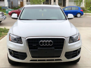 2012 AUDI Q5 with 110,000KM!!