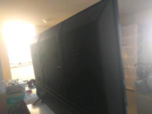 65 inch flat scrren tv