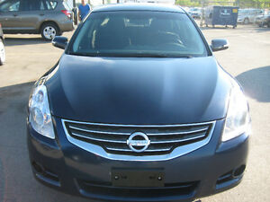 CAR PROOF VERIFIED SAFETY AND E T2012 Nissan Altima 3.5 SR Sedan