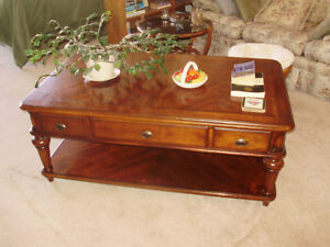 Large Universal Mahogany Finish Coffee and End Table Set