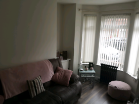 LUXURY ROOM TO RENT IN SHARED HOUSE OFF ANTRIM ROAD.