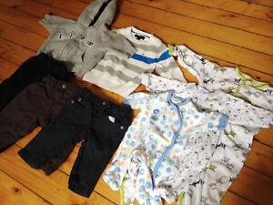 Lot de vêtements pour bébé/garçon