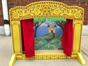 Melissa and Doug Puppet Theatre