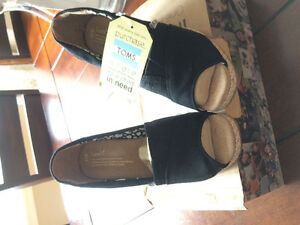 Toms Wedges- Brand New