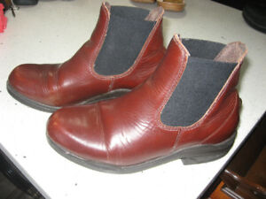 Vintage Mountain Horse Paddock Boots  Women's Size 8