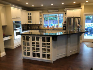 Kitchen Cabinets, Granite Countertops & Appliances