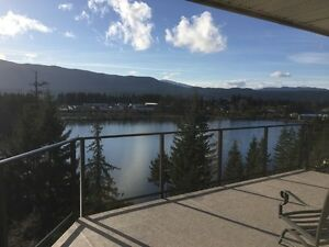 4 Bedroom Lakeview Home in North Nanaimo