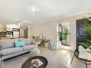 Stunning 3 Bedroom Unit Clayfield Brisbane North East Preview