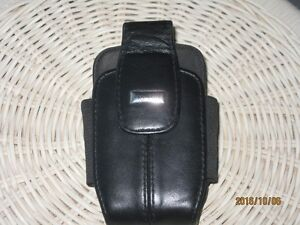 BLACKBERRY LEATHER HOLSTER West Island Greater Montréal image 1