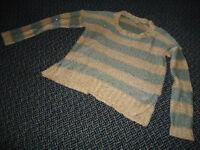 Ladies Size M/M Lightweght Knit Sparkle Long Sleeve Sweater