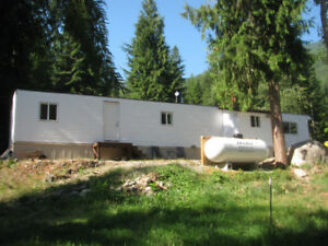 3BR Like New Mobile Creston Valley