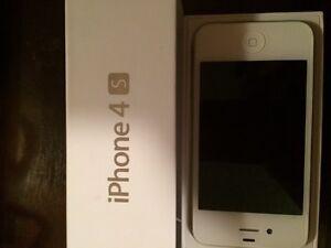Telus White IPhone 4s