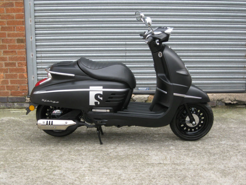 peugeot django 150cc retro s 150 scooter brand new   in leicester