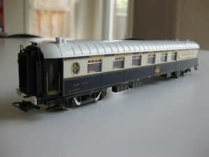 For sale: brand new Rivarossi Orient Express bar car model train