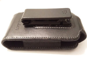 OEM Vertical Leather Case with Swivel Belt Clip for BlackBerry