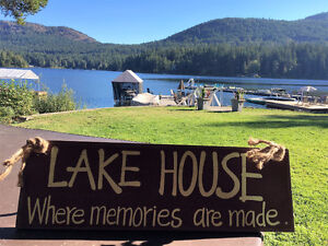 Beautiful Lakefront Vacation Rental - Shawnigan
