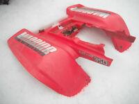Yamaha;*WARRIOR; kit d'ailes arrieres(rouge);*BON ÉTAT=75.00$$$