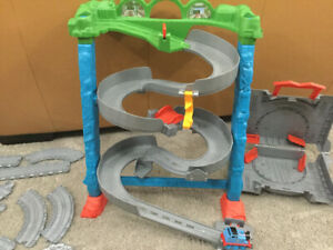 Thomas and friends set 2 - take and play