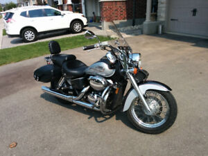 2003 Honda Shadow ACE with deluxe Mustang seats