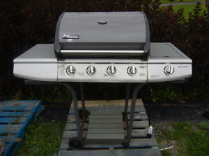 Crawfish,barbecue fumoir propane,charbon bois,bbq grill,charcoal