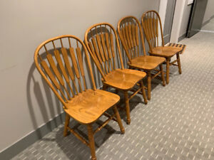 4 Maple Dining Room Chairs