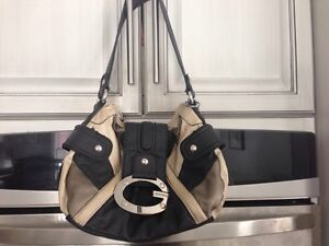Guess Purse  -Authentic