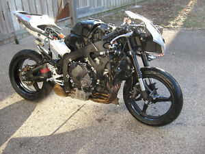2007 honda cbr-600rr parts bike London Ontario image 2