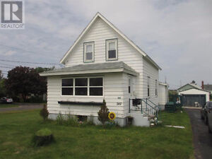 2 Bedroom house with large master bedroom