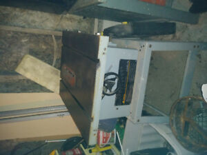 For Sale Delta Contractors Table Saw