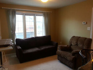Coach House For Rent Immediately In UpscaleMarkham Cornell