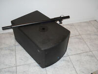 Yorkville NX200S sub woofer W/ pole mount for speaker