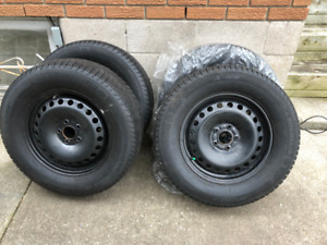 235/60R16 Michelin X-Ice XI3 Winter Snow Tires with Steel Rims