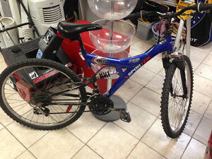 NEXT CHALLENGE MOUNTAIN BIKE MADE IN CANADA Edmonton Edmonton Area image 2
