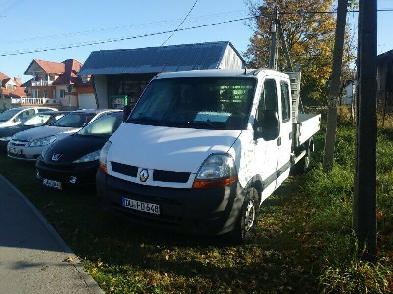Renault Master 2.5 D 2006 r. 7-osobowy
