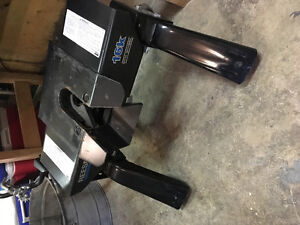 16k Reese Fifth Wheel Hitch Ford F150