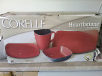 Corolle Hearthstone Set of 4 dishes