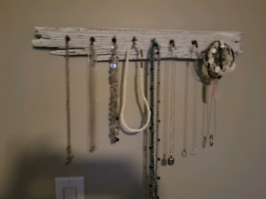 Necklace or jewelry or key holders